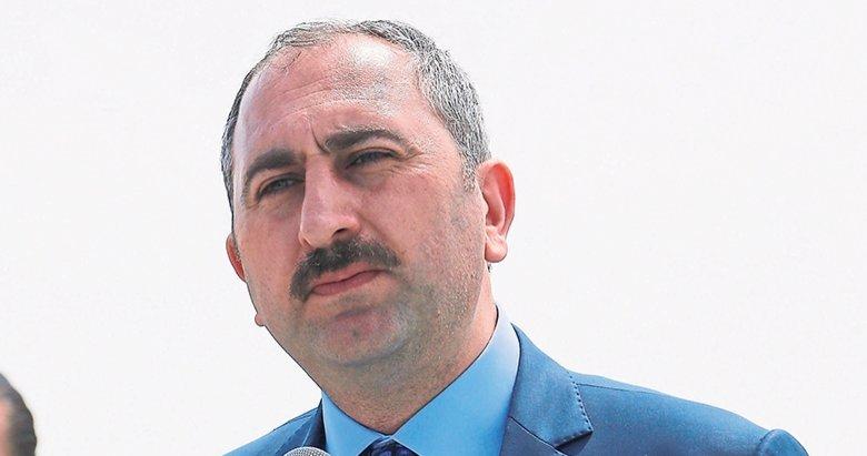 'Türk yargısı kimseden emir almaz'