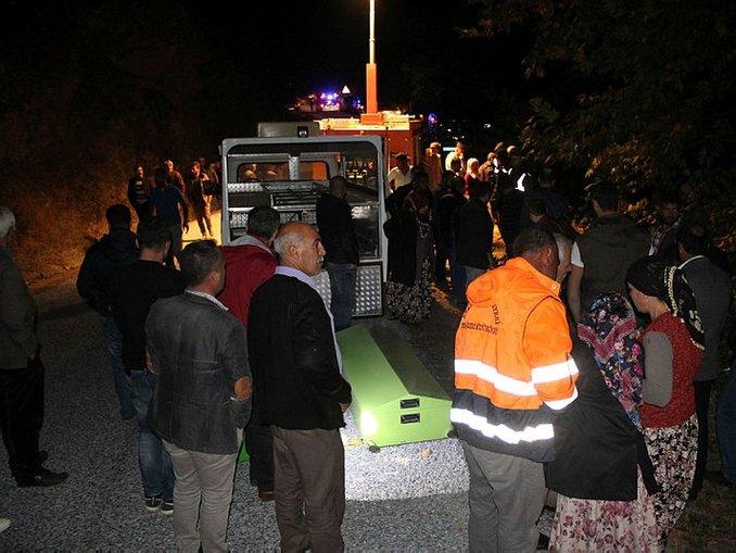 Feci kaza 3 kişiye mezar oldu