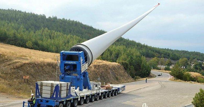 65 metre uzunluğunda 18 ton ağırlığında! İzmir'den Ordu'ya kadar böyle gidecek