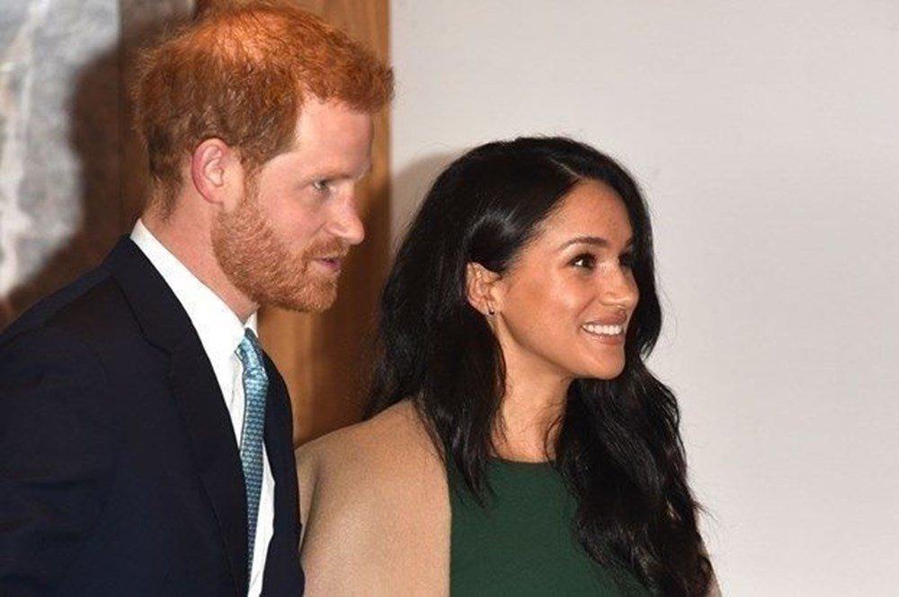 Prens Harry ve Meghan Markle mutfakta! Eski çete üyeleri için yemek pişirdiler