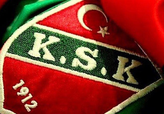 Karşıyaka'da dün 3 futbolcuya toplam 265 bin TL ödeme yapması gereken yönetimin gerekli kaynağı yaratamadığı öğrenildi.