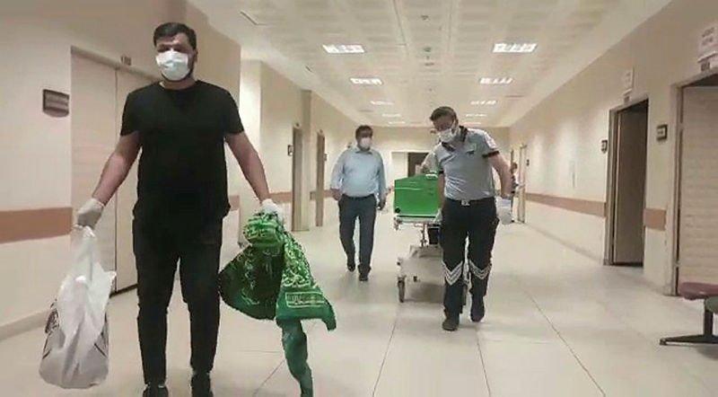 Koronavirüsten ölen Prof. Dr. Zeynalov'un cenazesi, Nahçıvan'a gönderildi