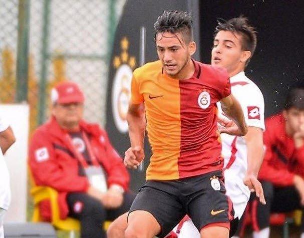 Galatasaraylı eski futbolcunun fotoğrafı büyük tepki çekti