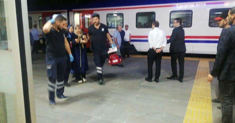 Kütahya'da bir kadın yolcu treninde kolunu kapıya sıkıştırdı