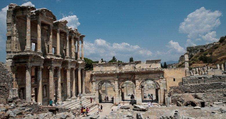 Efes 8500 yıllık yolculuğa çıkarıyor