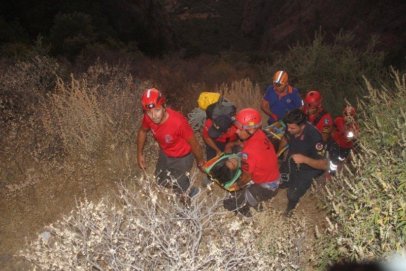 Muğla'da Kelebekler Vadisi'nde yürürken 7 metre yükseklikten düştü