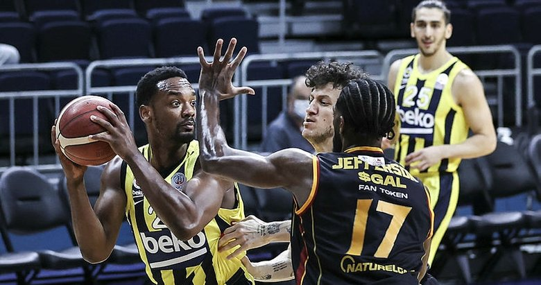 Fenerbahçe Beko: 104 Galatasaray: 79