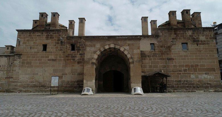 Osmanlı kervansarayı restore ediliyor