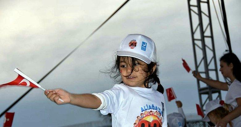 İzmir'de muhteşem kutlama