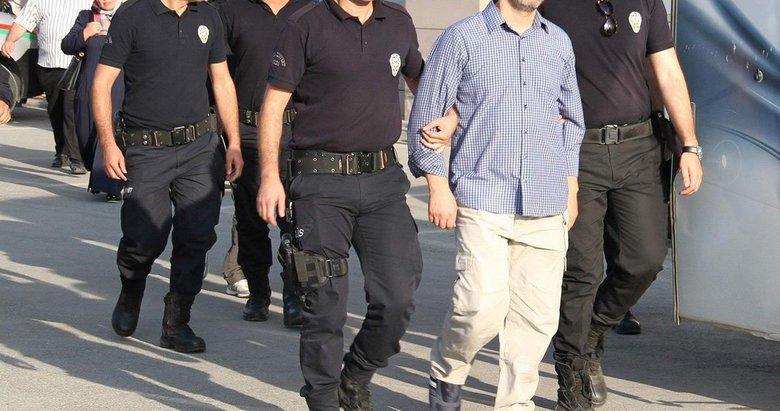 3 muvazzaf asker tutuklandı