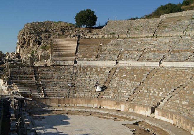Efes'in Denizle Buluşması İçin İhale Yapıldı