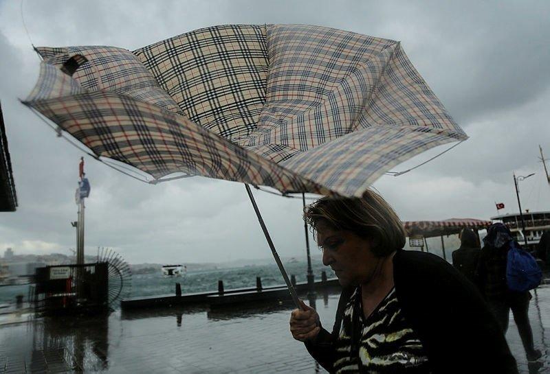 Meteoroloji'den hava durumu uyarısı! Bugün hava nasıl olacak? İzmir ve Ege'de yağışlar devam edecek mi?