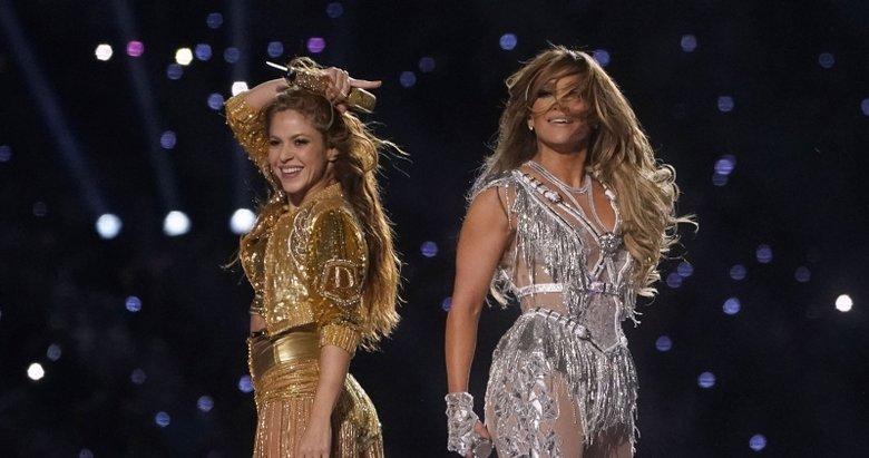2020 Super Bowl'da Shakira ve Jennifer Lopez rüzgarı