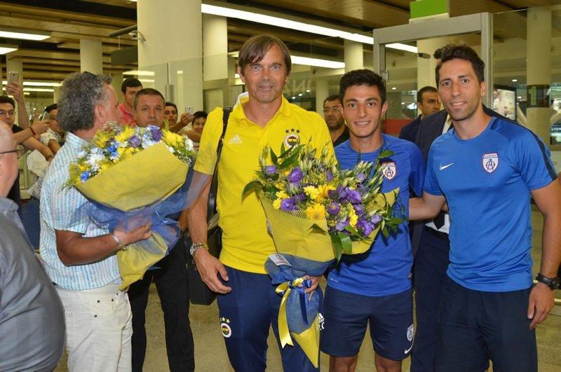 Fenerbahçe kafilesi İzmir'e geldi