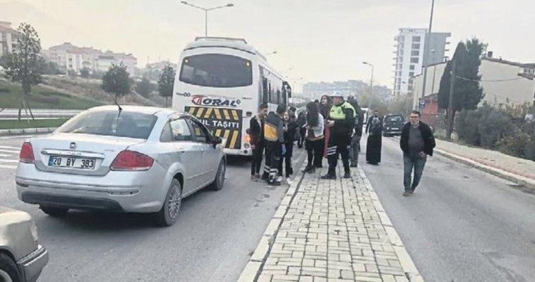 Denizli'de trafik magandası okul servisine saldırdı