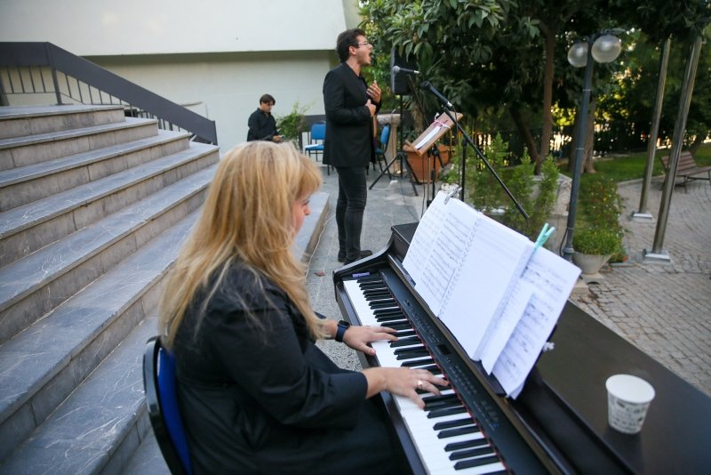 İzmir'de müzik şöleni! İzmir Devlet Opera ve Balesi Müze Konseri'nde sanatseverlerle