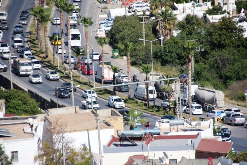Bodrum'da trafik çilesi! Trafiğin başı var sonu yok