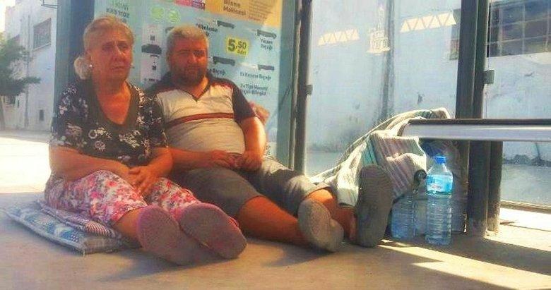 İzmir'den yardım çağrısı! Engelli çocuğuyla sokakta kaldı...