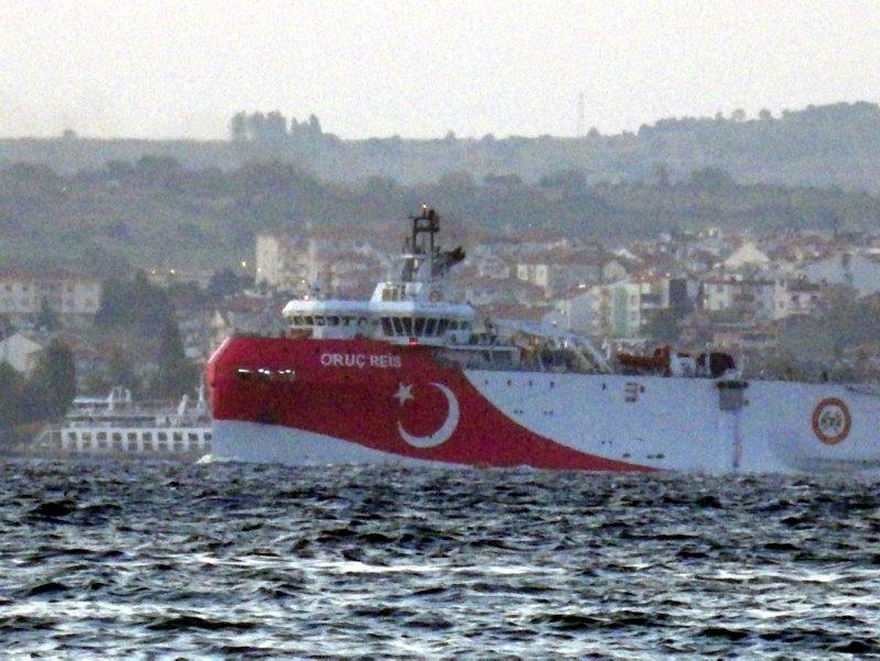Türkiye'den kritik hamle! Oruç Reis de Akdeniz'e iniyor