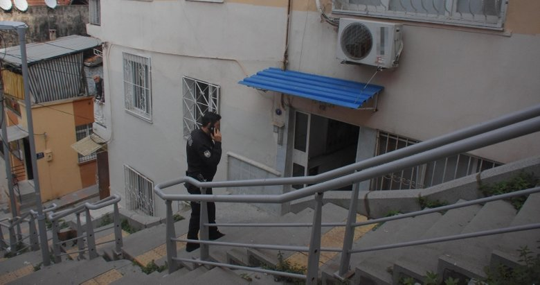 İzmir Konak'da bıçaklı kavga: 3 yaralı