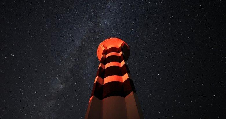 Kartpostallık kareler! İzmir'de Perseid meteor yağmuru fotoğraflandı
