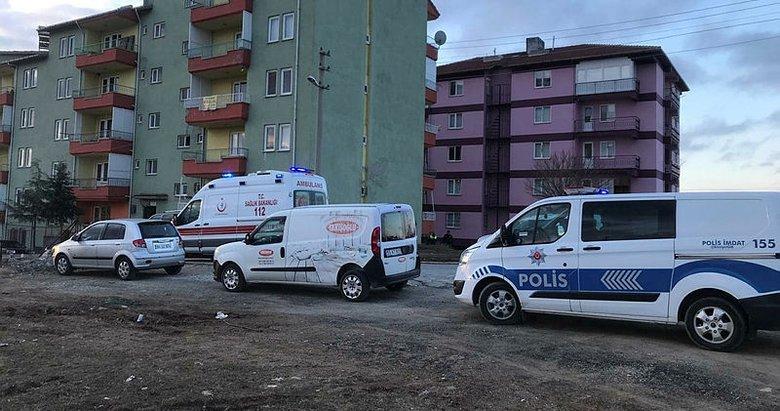Son dakika: Uşak'ta birlikte yaşadığı kadını rehin aldı, bir polisi şehit etti