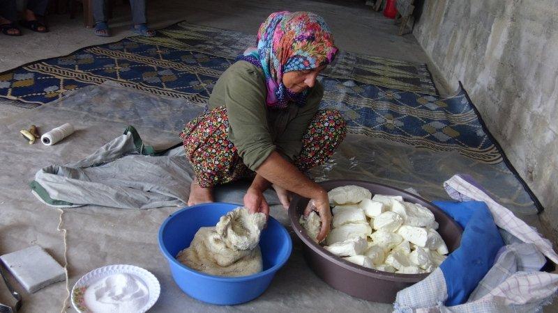 Balıkesir'de üretilen bu peynir bir yılda sofraya geliyor