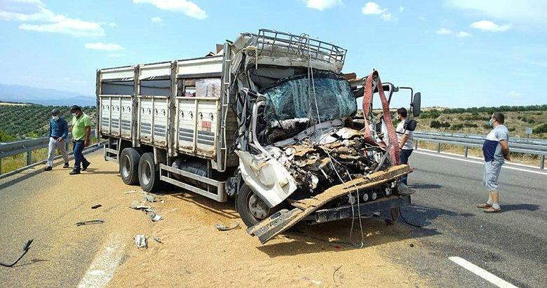 Kamyona arkadan çarpan sürücü hayatını kaybetti