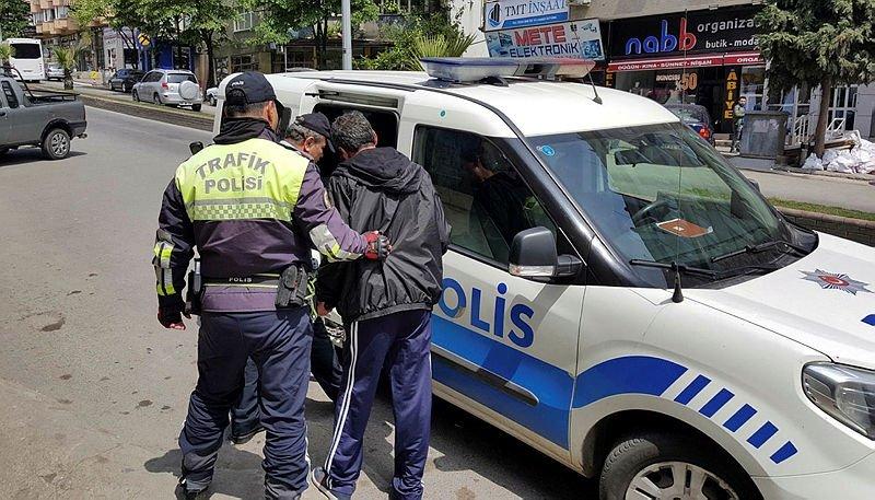 Alkollü sürücüden polislere küstah tepki!