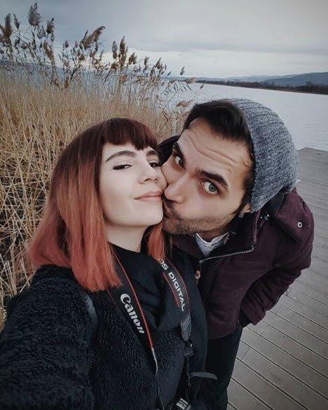Eşkıya'nın Hızır Ali'si Yalçın Hafızoğlu'nun sevgilisine bakın (Ünlülerin eşleri ve sevgilileri)