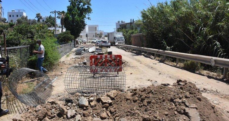 Tatil cenneti Bodrum'da vatandaş, altyapı çalışmalarının bitmemesine tepkili