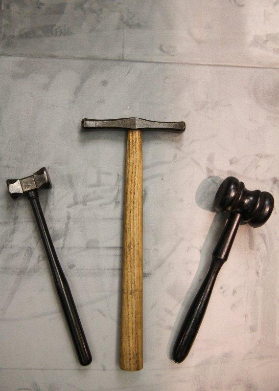 Abdülhamid Han'ın şahsi kılıcı, kamçısı ve marangozluk takımları ilk kez sergide