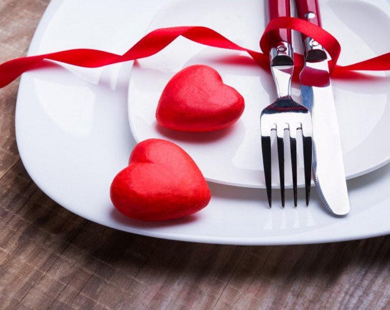 Sevgililer Günü hangi güne denk geliyor? Sevgililer Günü hediye önerileri...