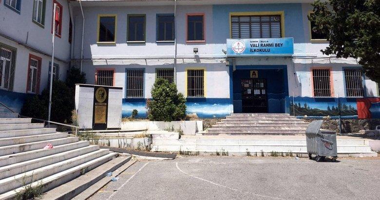 İzmir'deki o görüntüler çok konuşulmuştu! Okul müdürü açığa alındı