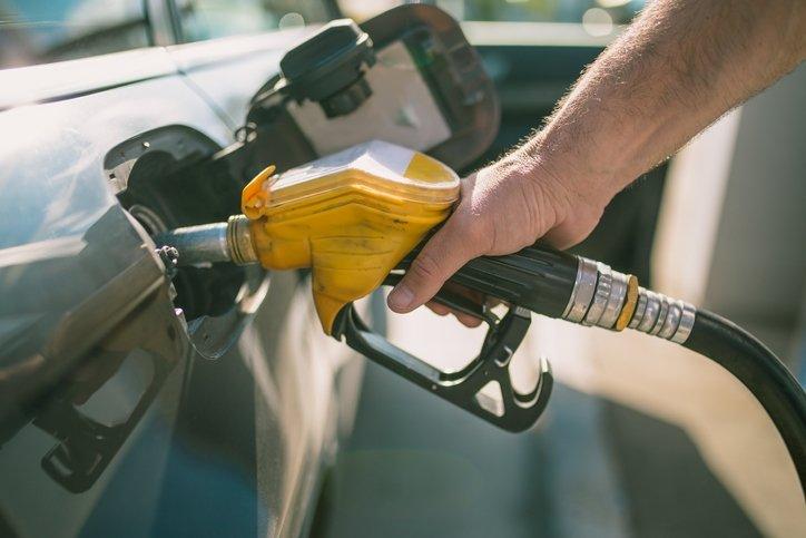 Bu araçlar yakıtı kokluyor! İşte en az yakıt tüketen otomobiller...