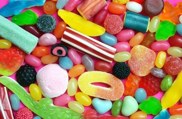 Bu besinler beyni zehirliyor! İşte uzak durulması gereken besinler...