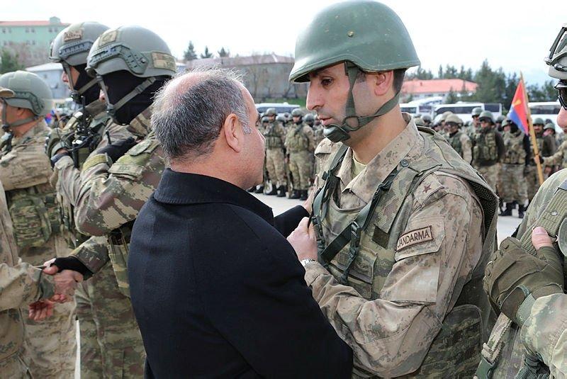 Şırnak'dan 660 asker ve korucu Afrin'e uğurlandı