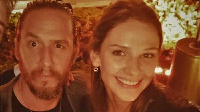 Alina Boz'dan evlilik açıklamalar! Alina Boz kaç yaşında? Sevgilisi Mithat Can Özer'le aralarındaki gerçek herkesi şaşırttı!