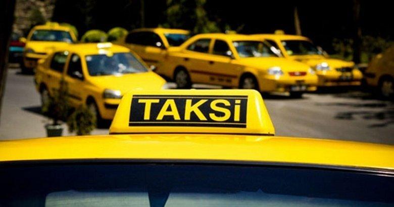 İzmir'de hareketli anlar! Taksiciyi, bıçak tehdidiyle gasbetti