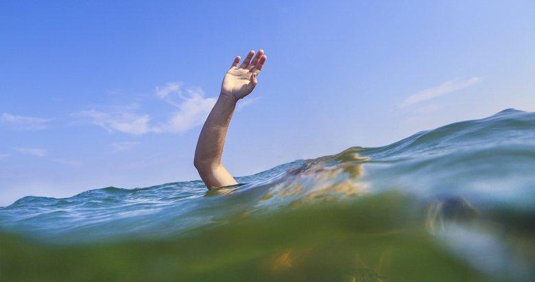 İzmir'de bir kişi denizde boğuldu