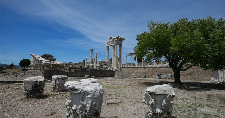 UNESCO Dünya Mirası Listesi'ndeki Bergama'nın tarihini değiştiren yeni buluntular ortaya çıktı