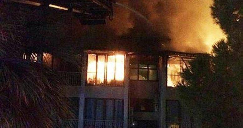 Pamukkale'de otel yangını