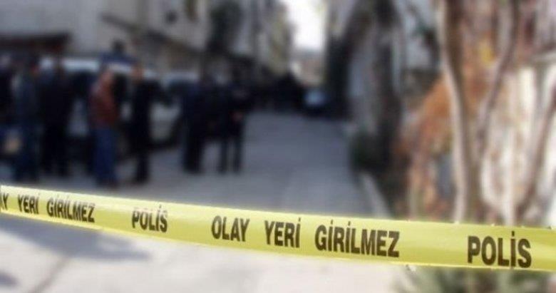 İzmir'de şüpheli ölüm! Evinde ölü bulundu