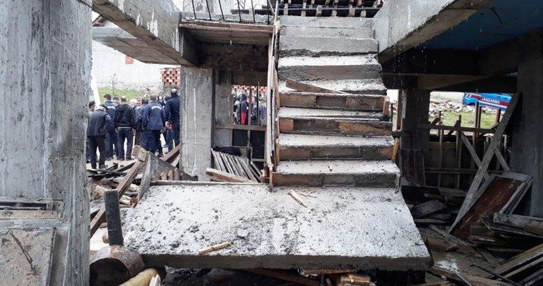 Kütahya'da apartman inşaatının merdiveni çöktü