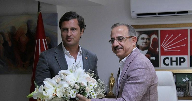 İzmir'de AK Parti'den CHP'ye ziyaret!