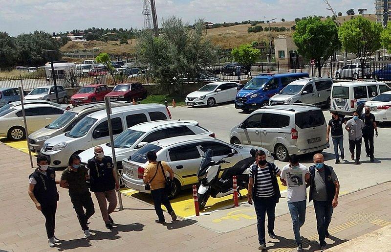 Husumetli olduğu kişiyi öldüren 2 kişi tutuklandı