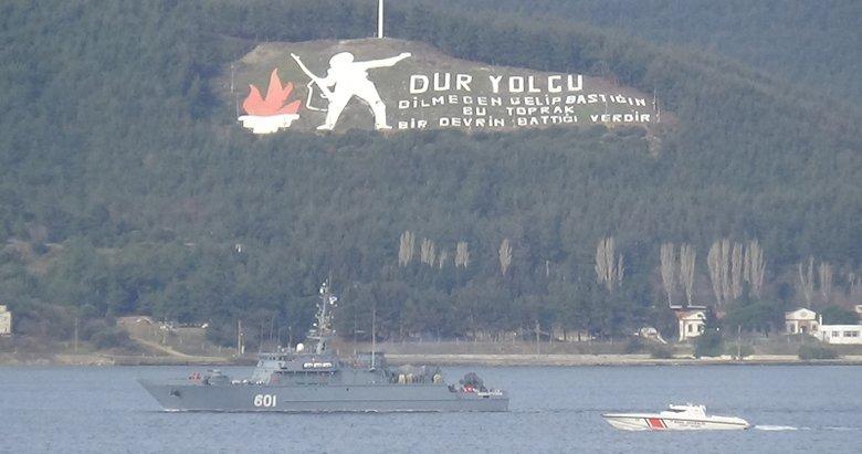 Rusya mayın tarama gemisi, Çanakkale Boğazı'ndan geçti