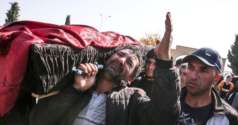 Ermenistan'ın Gence'de füze ile öldürdüğü siviller son yolcuğuna uğurlandı