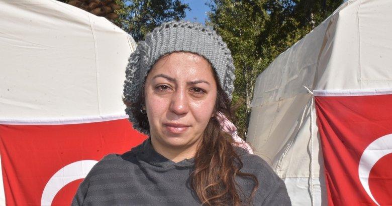 Duygularını ağlayarak anlattı: Üç deprem yaşadım İzmir depremi gibisini görmedim
