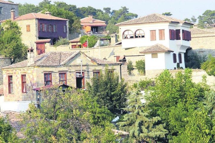 Evler 3 milyona satılıyor, herkes bu köye gidiyor